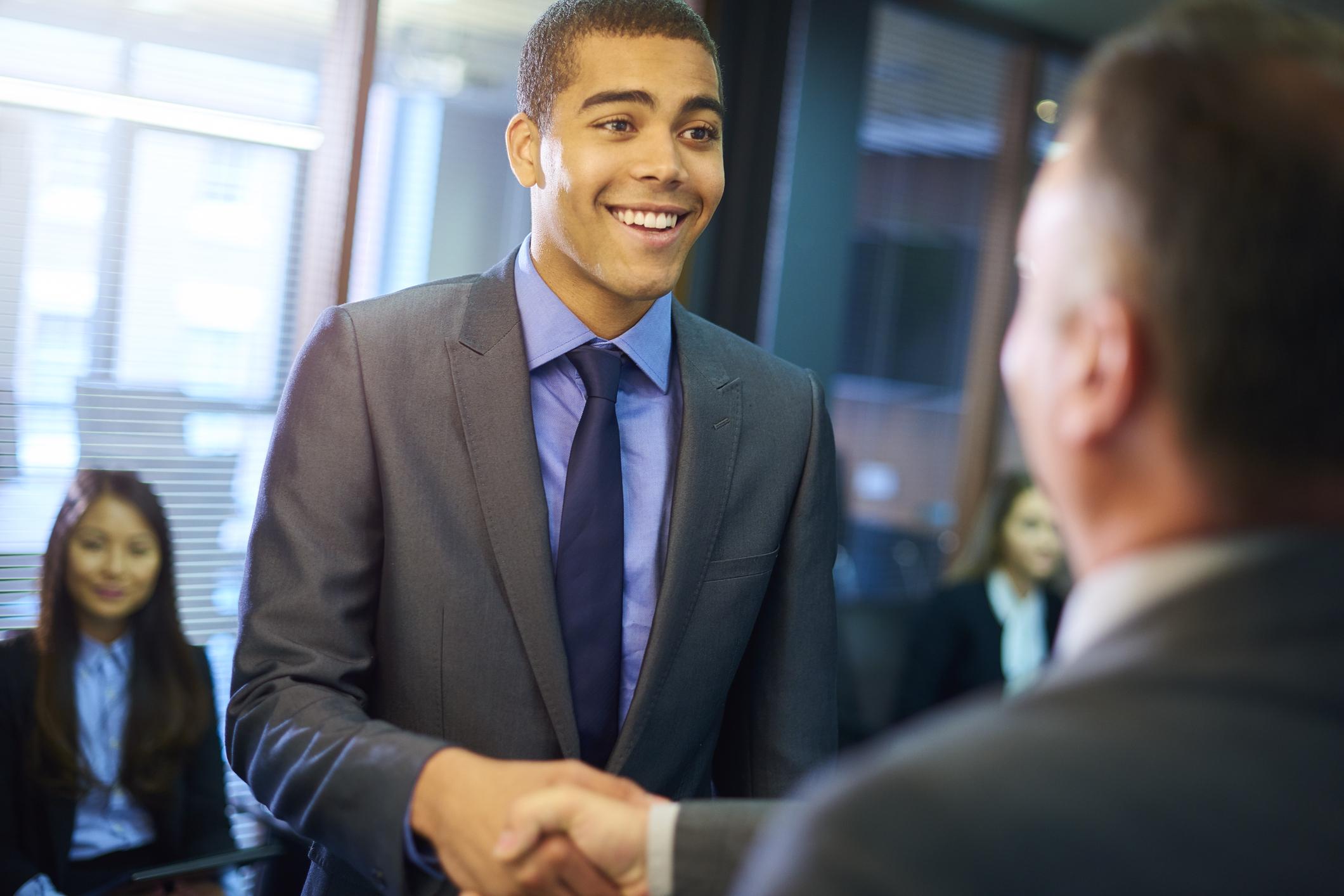 como vestir en una entrevista de trabajo