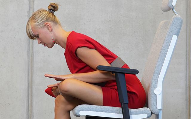 Apertura de caderas ejercicios de Yoga en el trabajo