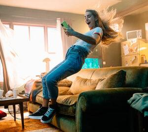 """""""Salta"""": la nueva campaña de TV de InfoJobs que quiere impulsarte a tu nuevo trabajo"""
